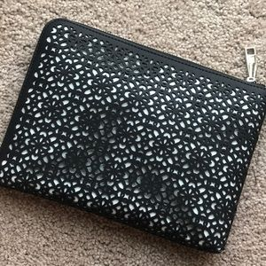 Over size clutch